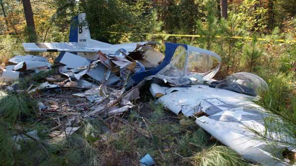Small plane crash in Moore County, pilot seriously injured