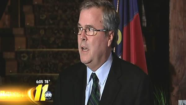 McCrory gets helping hand from Jeb Bush