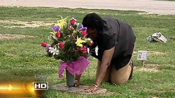 Grieving daughter tired of headstone delays
