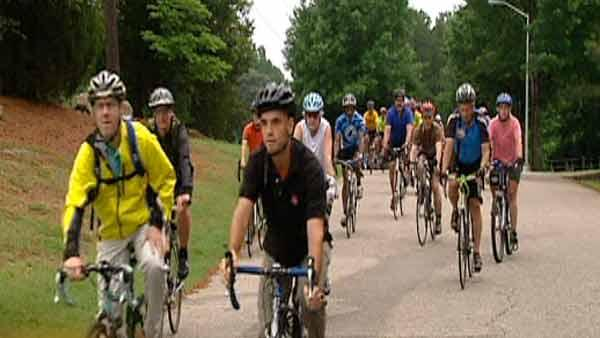 Cyclists remember fallen comrade