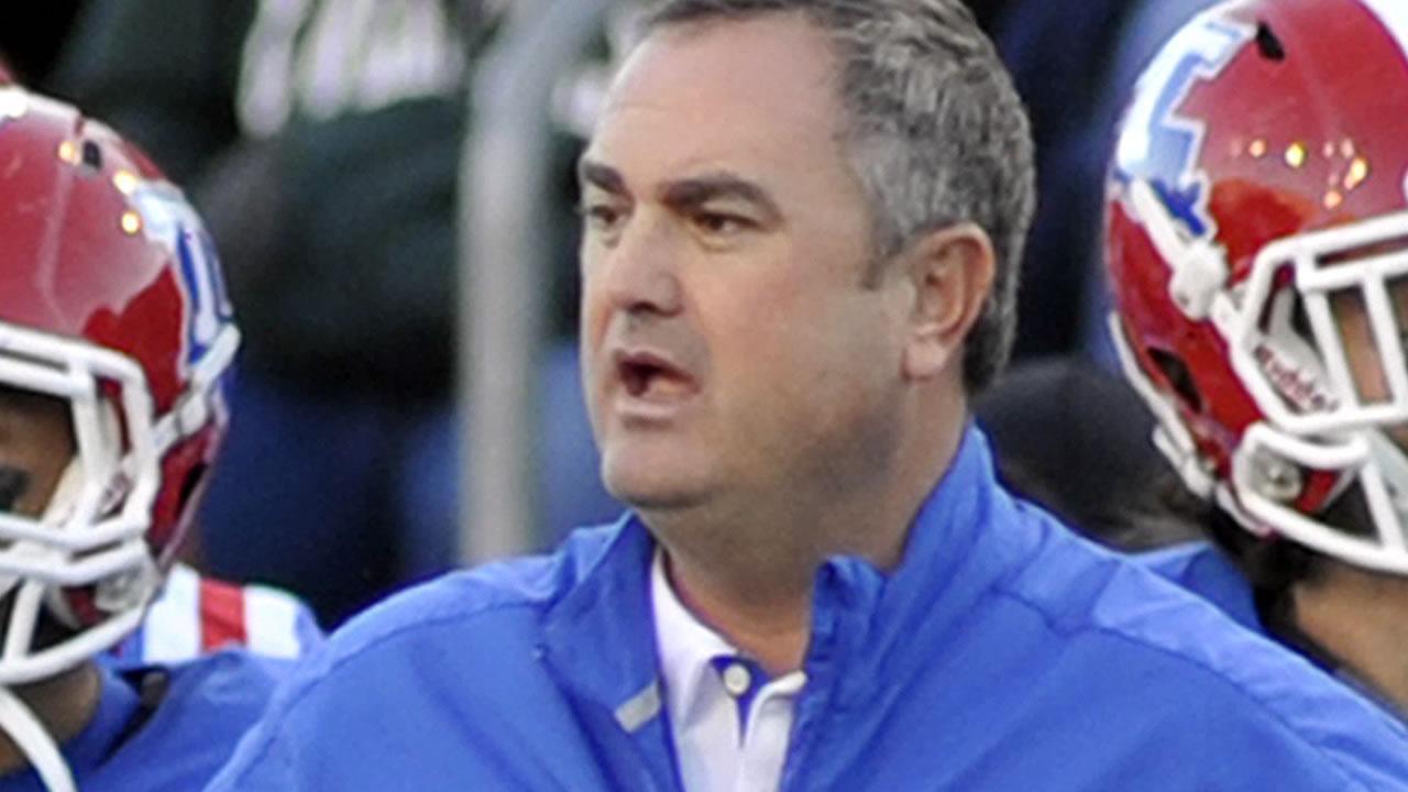 Louisiana Tech head coach Sonny Dykes