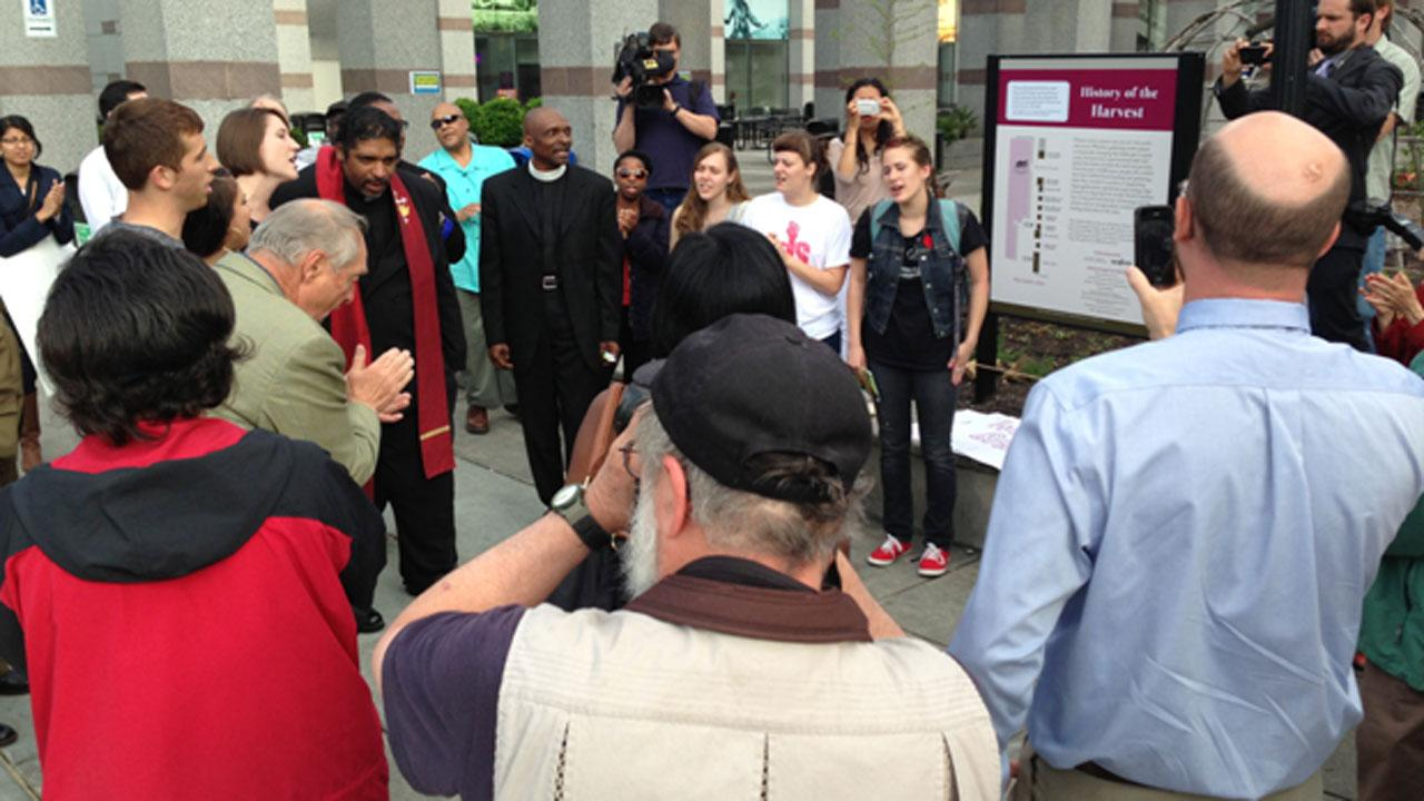 A protest of Republican policies at the North Carolina General Assembly ended April 29 with the arrests of NC NAACP President William Barber and several other activists. <span class=meta>(ABC11 Reporter Angelica Alvarez)</span>