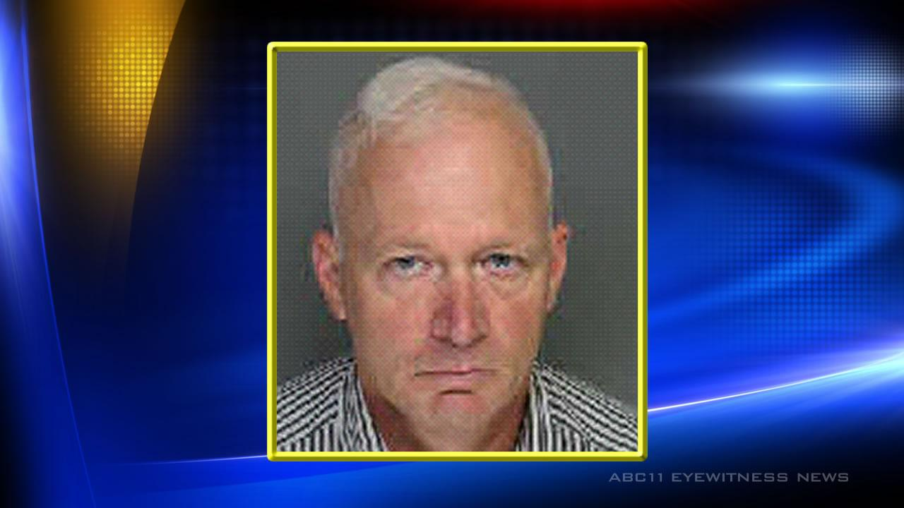 Moore County teacher charged with having sex with student