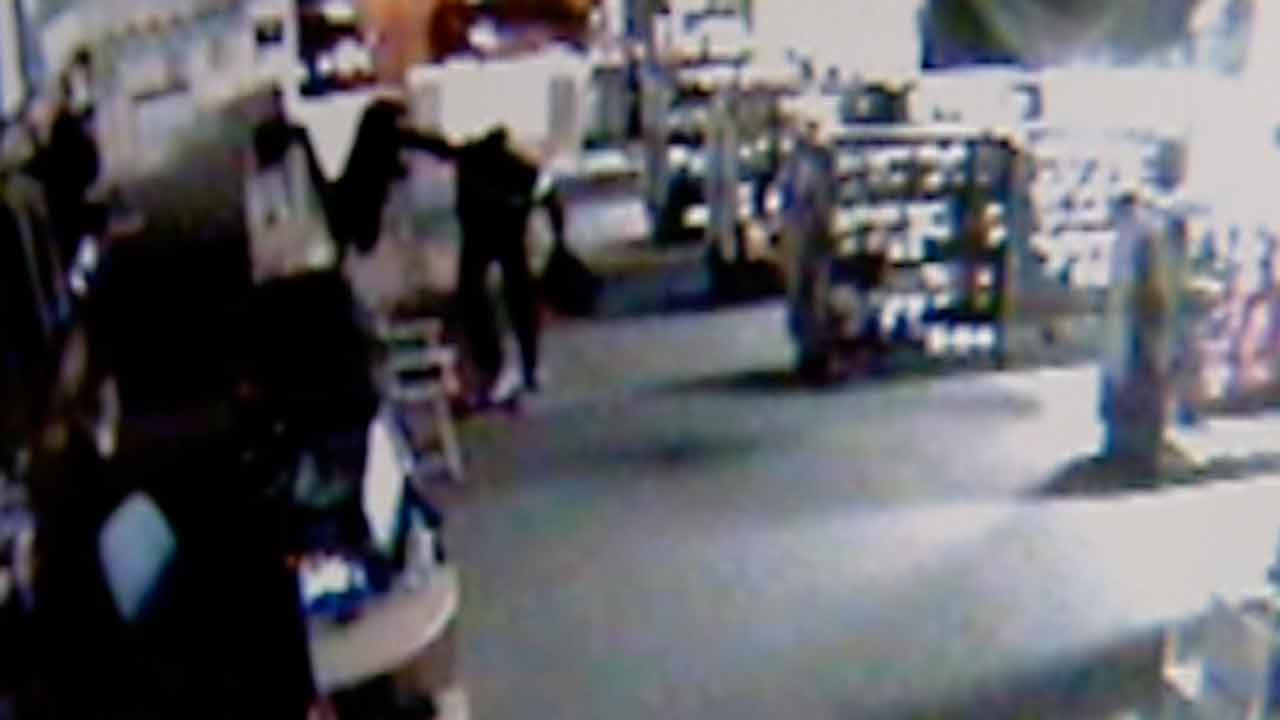 Surveillance video shows gun store break-in