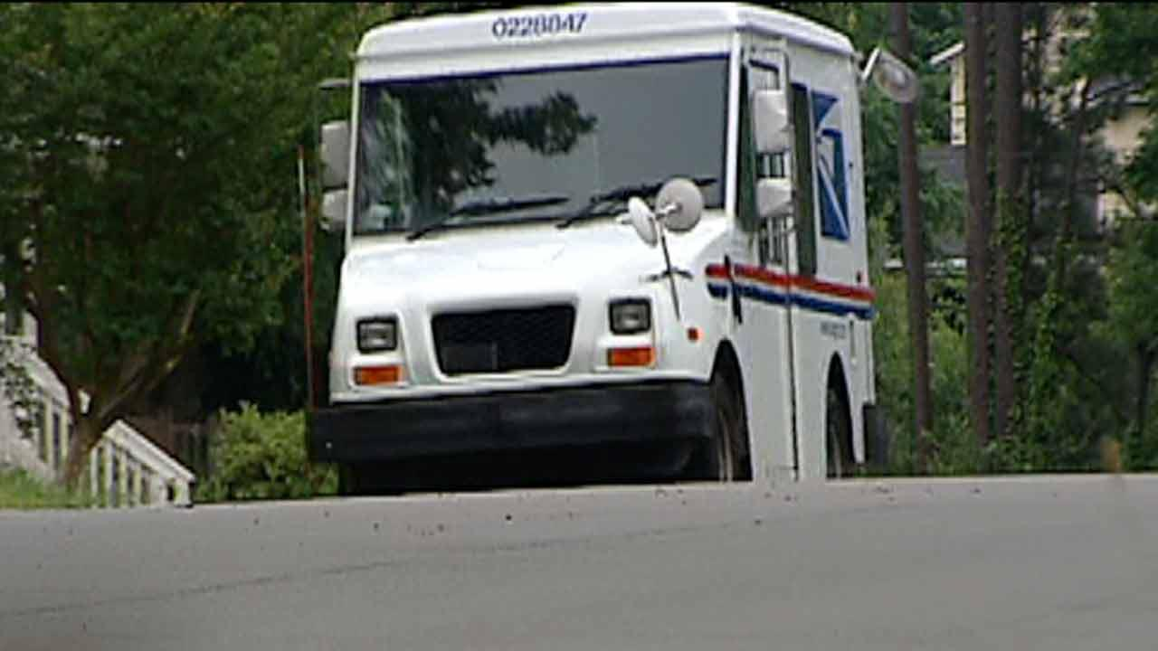 Neighborhood goes without mail service after threat