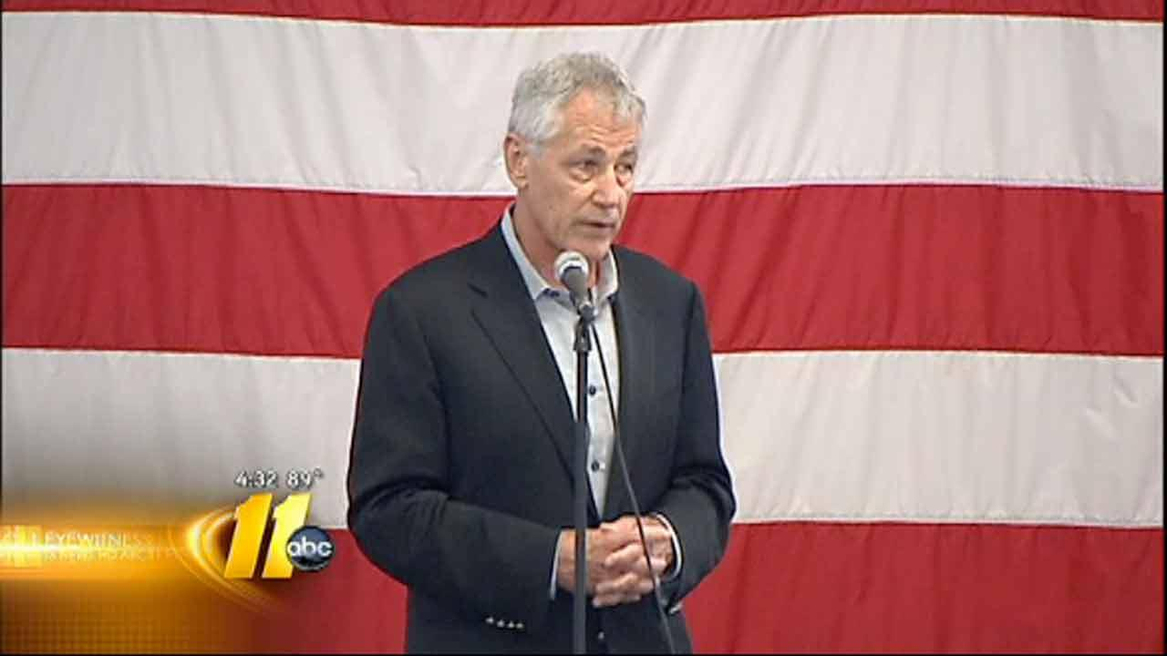 Secretary of Defense Chuck Hagel visits Fort Bragg