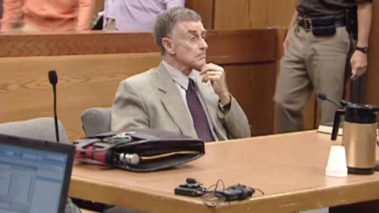 Michael Peterson appears in court.