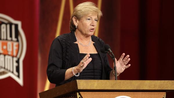 UNC's Hatchell diagnosed with leukemia