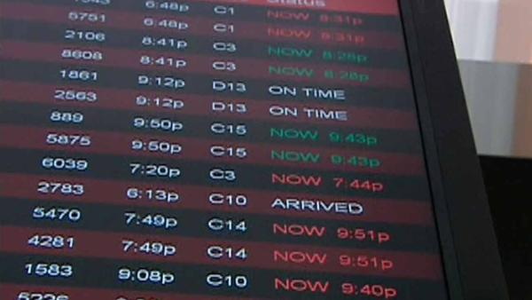 Weather wreaks havoc with holiday air travel