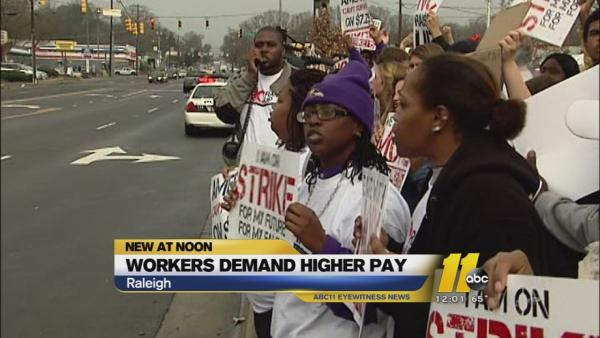 North Carolina fast food workers demand more money