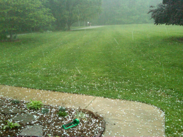 A strong thunderstorm dumped parts of the Triangle with heavy rains and hail Tuesday evening. <span class=meta>(Tom Knight&#47;WTVD)</span>
