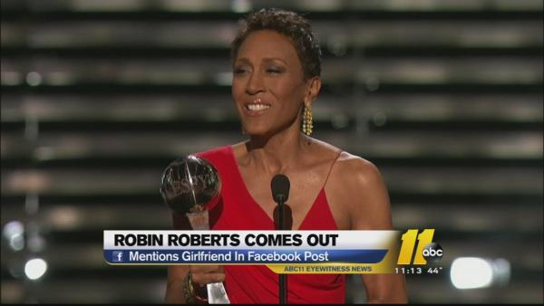 GMA's Robin Roberts publicly named her girfriend in an end-of-year message on her Facebook page.