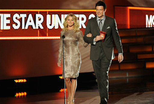 Julianne Hough and Corey Monteith on stage...