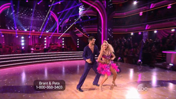 "<div class=""meta ""><span class=""caption-text "">The cast of the 17th season of ""Dancing with the Stars"" is competing for your votes. Monday was the fourth week of the competition. </span></div>"