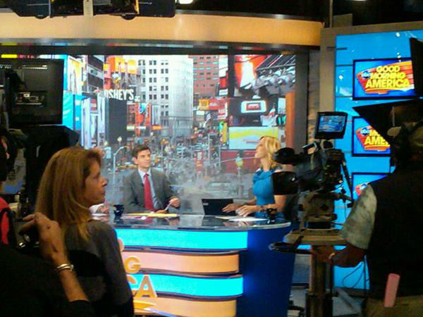 Lara speaks from the anchor desk as George waits to speak. <span class=meta>(WTVD Photo&#47; Elizabeth Plyler)</span>