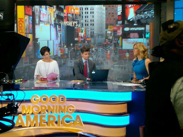 George checks for the latest information on his computer during a commercial break as Elizabeth Vargas reads a script and Lara prepares to speak. <span class=meta>(WTVD Photo&#47; Elizabeth Plyler)</span>