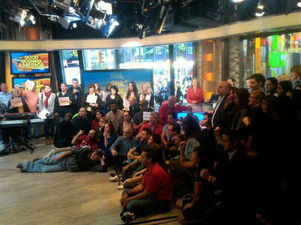 Studio audience as Richie Sambora performs. <span class=meta>(WTVD Photo&#47; Elizabeth Plyler)</span>