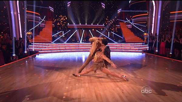 Who put in the best performance on Monday&#39;s finals episode of Dancing With The Stars? <span class=meta>(ABCNews Photo)</span>