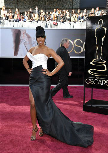 Singer Kelly Rowland arrives at the 85th Academy Awards at the Dolby Theatre on Sunday Feb. 24, 2013, in Los Angeles.  <span class=meta>(AP Photo&#47; John Shearer)</span>