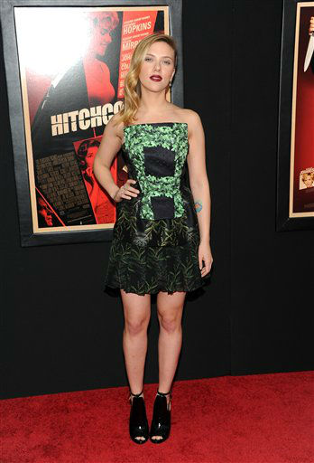 "<div class=""meta ""><span class=""caption-text "">Scarlett Johansson attends the premiere for ""Hitchcock"" at the Ziegfeld Theatre on Sunday Nov. 18, 2012 in New York.  (Photo/Evan Agostini)</span></div>"