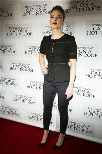 "<div class=""meta image-caption""><div class=""origin-logo origin-image ""><span></span></div><span class=""caption-text"">Scarlett Johansson attends the after party for the opening night performance of the Broadway play ""Cat on a Hot Tin Roof"" on Thursday, Jan. 17, 2013 in New York. (Photo/Charles Sykes)</span></div>"