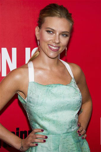 Scarlett Johansson attends the &#34;Don Jon&#34; premiere on Thursday, Sept. 12, 2013 in New York.  <span class=meta>(AP Photo&#47;Charles Sykes)</span>