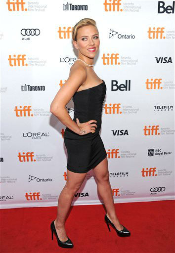 Scarlett Johansson arrives at the premiere of &#34;Don Jon&#34; on day 6 of the Toronto International Film Festival at The Princess of Wales on Tuesday, Sept. 10, 2013, in Toronto.  <span class=meta>(AP Photo&#47; Andrew Medichini)</span>