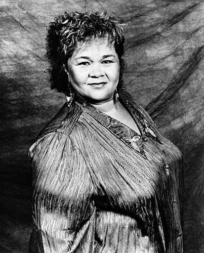 Singer Etta James is seen in 1988.   <span class=meta>(AP Photo&#47; Gary Nichamin)</span>
