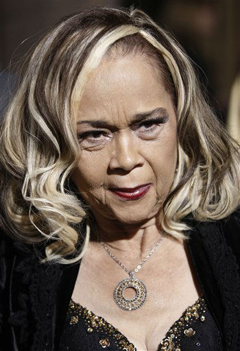 "<div class=""meta ""><span class=""caption-text "">This Nov. 24, 2008 file photo shows Etta James arriving at the premiere of ""Cadillac Records"" in Los Angeles.  (AP Photo/ Matt Sayles)</span></div>"