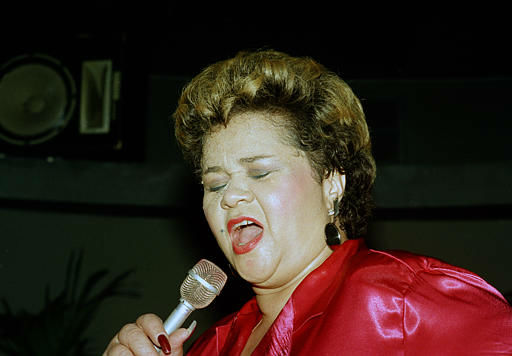 Singer Etta James performs at the Vine St. Bar &amp; Grill in Hollywood, Calif., April 6, 1987.   <span class=meta>(AP Photo&#47; Alison Wise)</span>