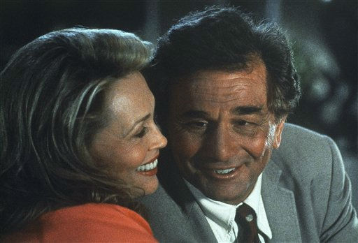 Peter Falk talks with Faye Dunaway in scene from the ABC-TV series &#34;Columbo&#34; in 1993.  <span class=meta>(AP Photo&#47; Anonymous)</span>