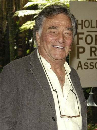 In this Aug. 9, 2007 file photo, actor Peter Falk arrives for the Hollywood Foreign Press Association&#39;s annual installation luncheon at The Beverly Hills Hotel in Beverly Hills, Calif.  <span class=meta>(AP Photo&#47; Chris Pizzello)</span>