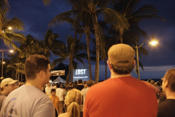 Beach goers are seen at the Lost Premiere on Waikiki Beach, Saturday, Jan. 30, 2010 in Honolulu.   <span class=meta>(AP&#47;Marco Garcia)</span>