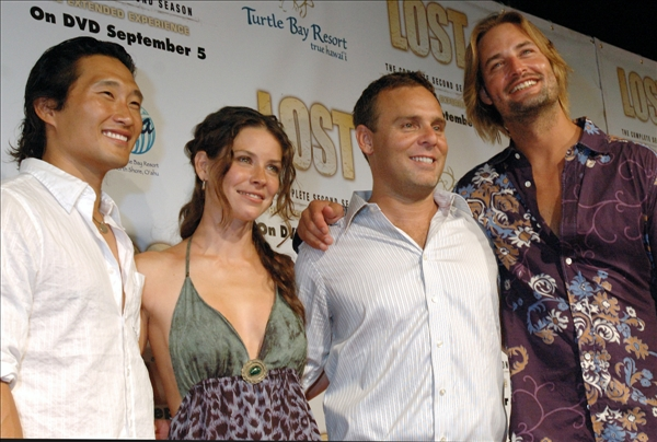 Daniel Dae Kim, left,  Evangeline Lilly,  Josh Holloway,right,  cast members of ABC&#39;s TV series &#34;Lost&#34; pose with Bryan Burk, executive producer,  before the season two DVD release party at the Turtle Bay Resort in Kahuku, Hawaii August 15, 2006.    <span class=meta>(AP&#47;Lucy Pemoni)</span>