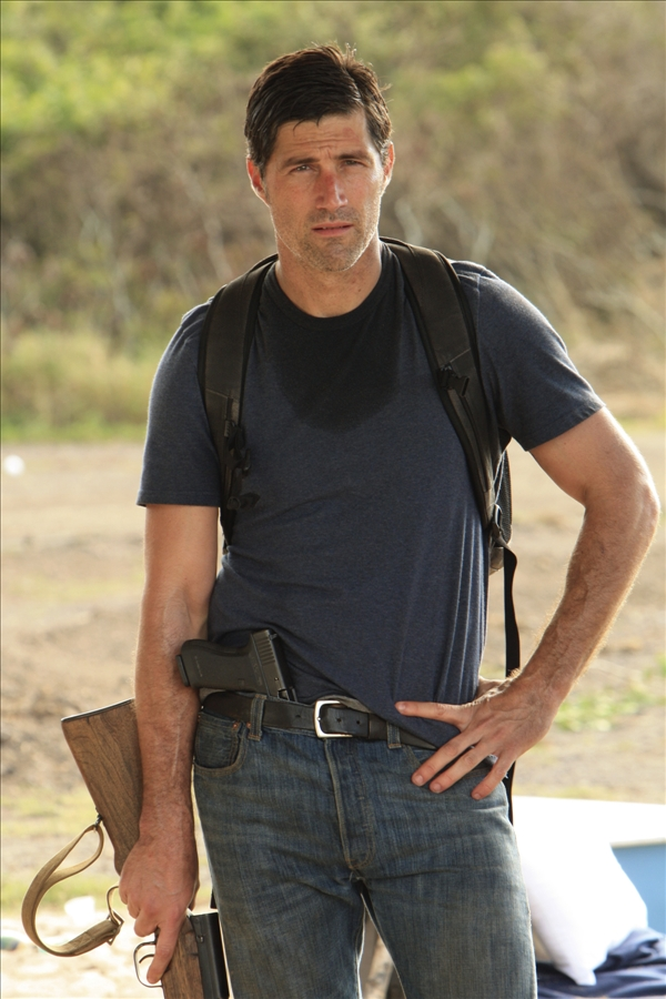 "<div class=""meta ""><span class=""caption-text "">In this TV publicity image released by ABC, Matthew Fox is shown in a scene from ""Lost.""  (AP/ABC, Mario Perez)</span></div>"