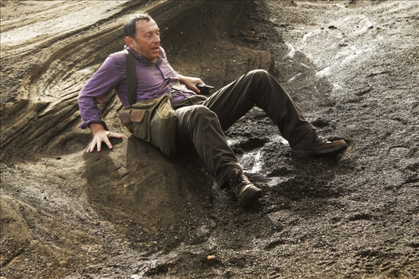 In this image provided by ABC, Michael Emerson appears as Benjamin Linus in the series finale of &#34;Lost.&#34; <span class=meta>(AP&#47;ABC, Mario Perez)</span>
