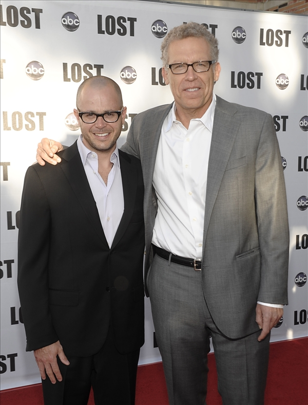 "<div class=""meta ""><span class=""caption-text "">Producer Carlton Cuse, right, and producer Damon Lindelof arrive at the ""Lost Live: The Final Celebration"" in Los Angeles on Thursday, May 13, 2010.   (AP/Dan Steinberg)</span></div>"