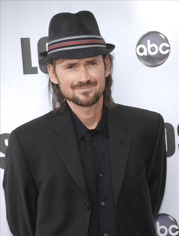 "<div class=""meta ""><span class=""caption-text "">Actor Jeremy Davies arrives at the ""Lost Live: The Final Celebration"" in Los Angeles on Thursday, May 13, 2010.   (AP/Dan Steinberg)</span></div>"