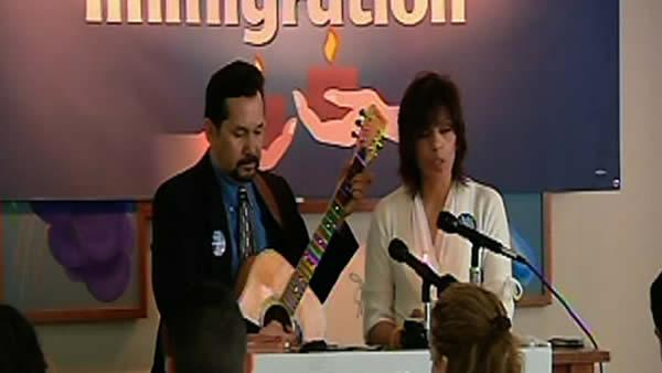 Immigration supporters pray for change