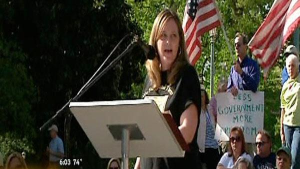 Tea Party holds anti-tax rally in Raleigh