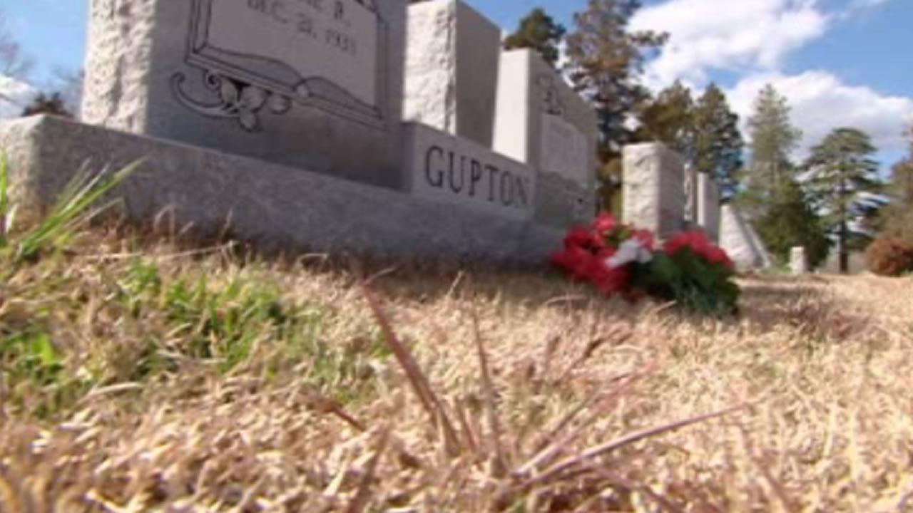 Vandals target Franklin County cemetery