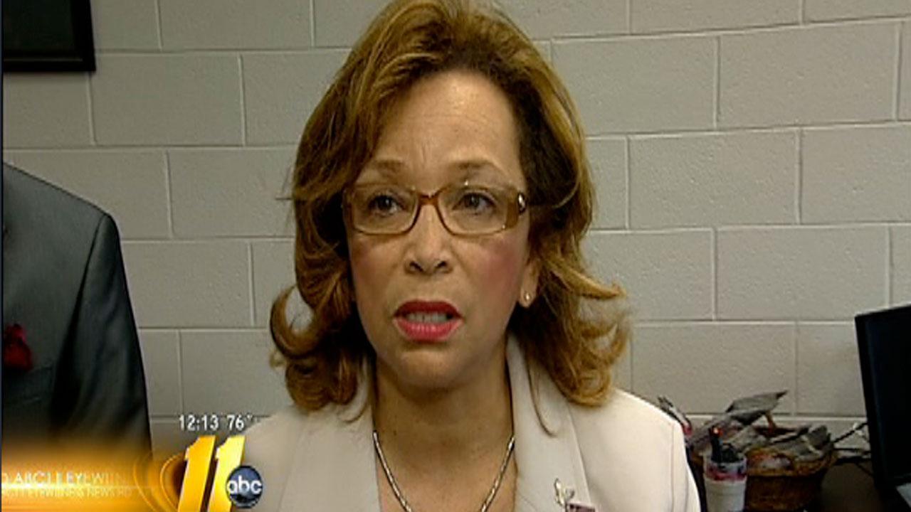 Dr. Debra Saunders-White