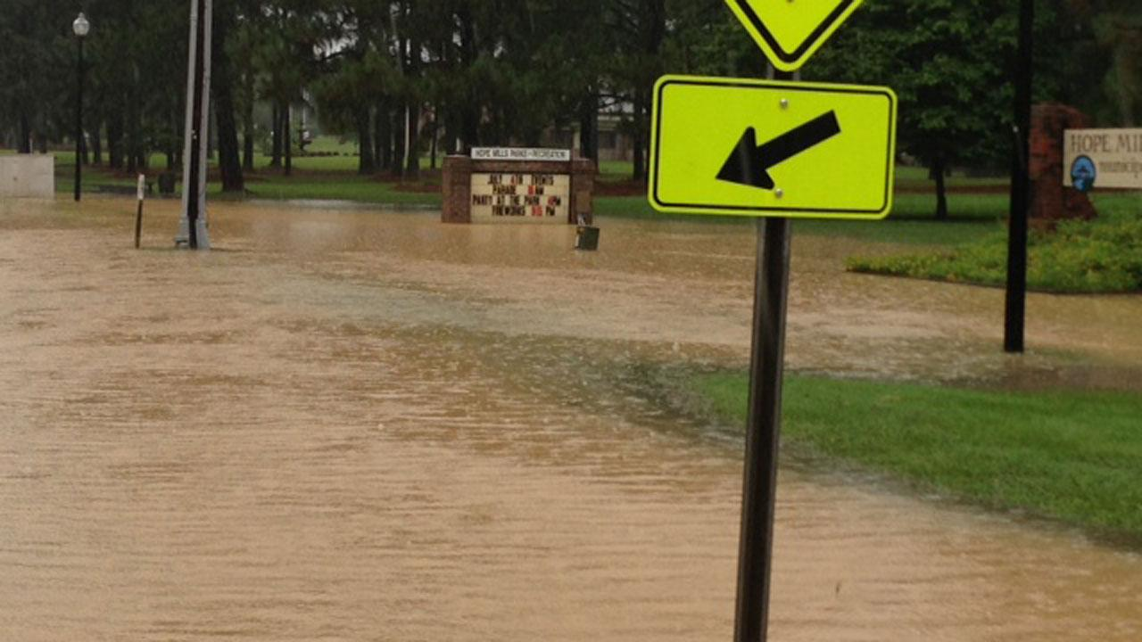 Flooding in Hope Mills, N.C. <span class=meta>(ABC11 Reporter Nicole Carr)</span>