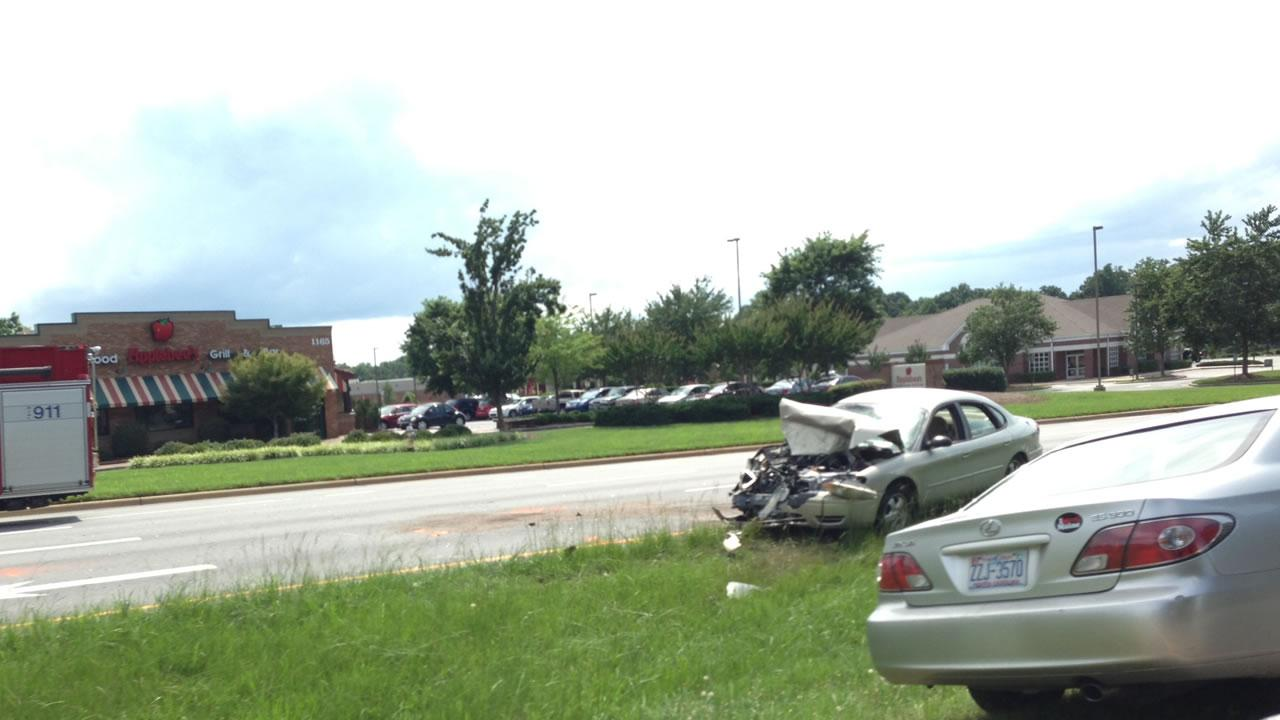 Accident on US-70 in Garner injured nine people