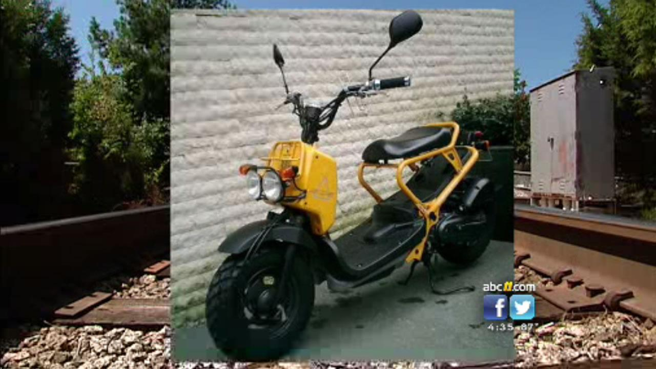 Jerry Britts scooter looks like this yellow Honda Ruckus