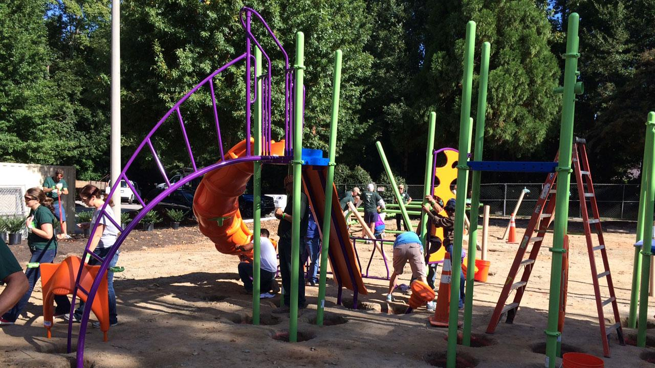 KaBOOM! teamed up with Humana, City of Raleigh, and hundreds of volunteers to build a dream playground in Raleigh in just one day.