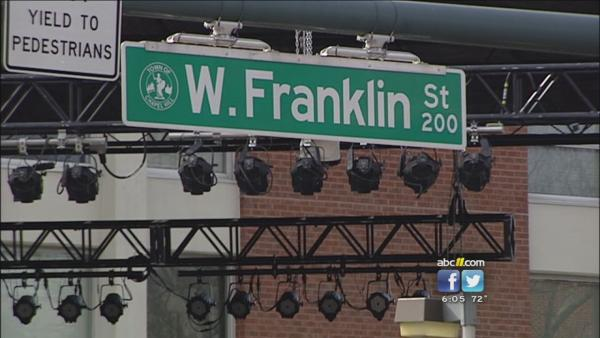 Miami, Heels fans flood Franklin Street