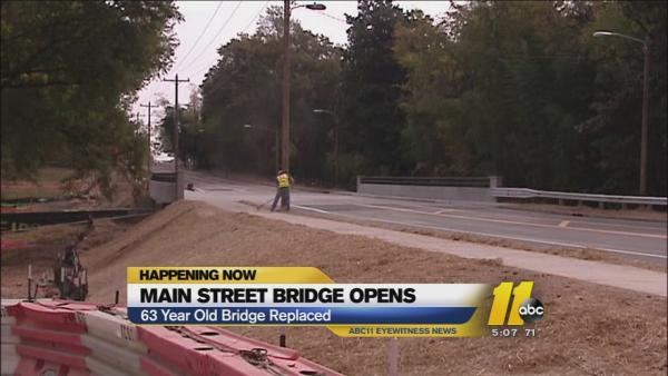 Durham's Main Street bridge reopens