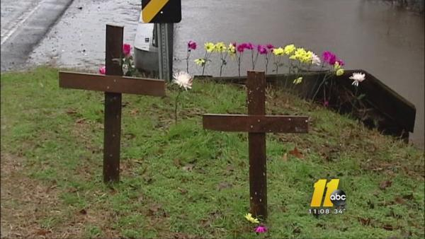 Community gathers for teen's funeral