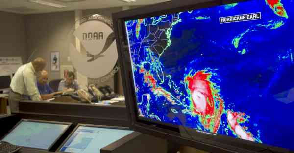 A monitor at the National Hurricane Center in Miami, Wednesday, Sept. 1, 2010, shows the location of Hurricane Earl as Earl wheeled toward the East Coast. (AP Photo/J Pat Carter)